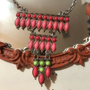 Adorable Tiered necklace